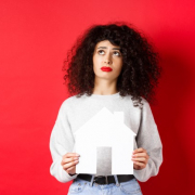 Tak Harus Selalu Menunggu Suami, Wanita Juga Bisa Memiliki Rumah Sendiri