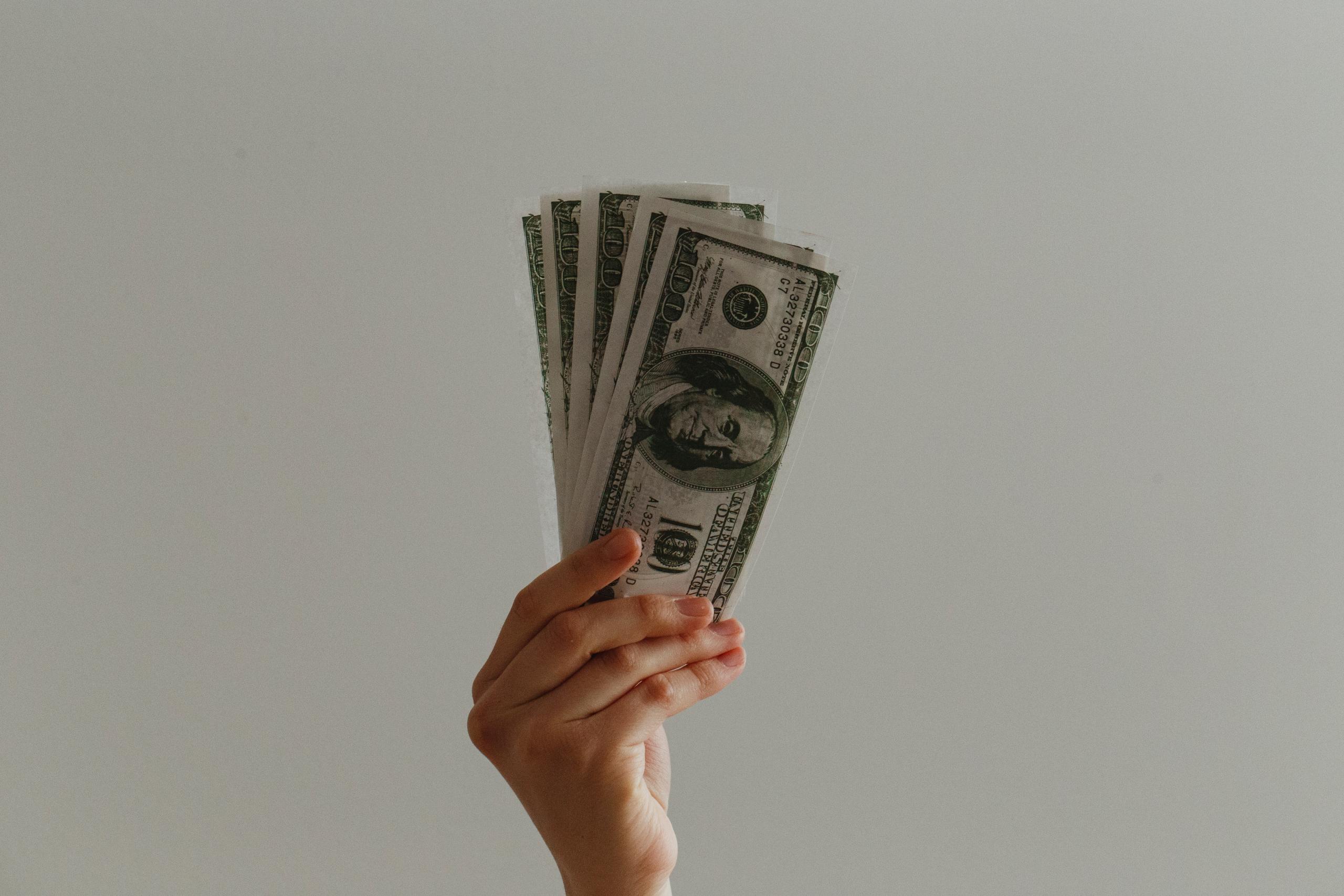 Investasi Yang Paling Baik Digunakan Untuk Mempersiapkan Masa Depan
